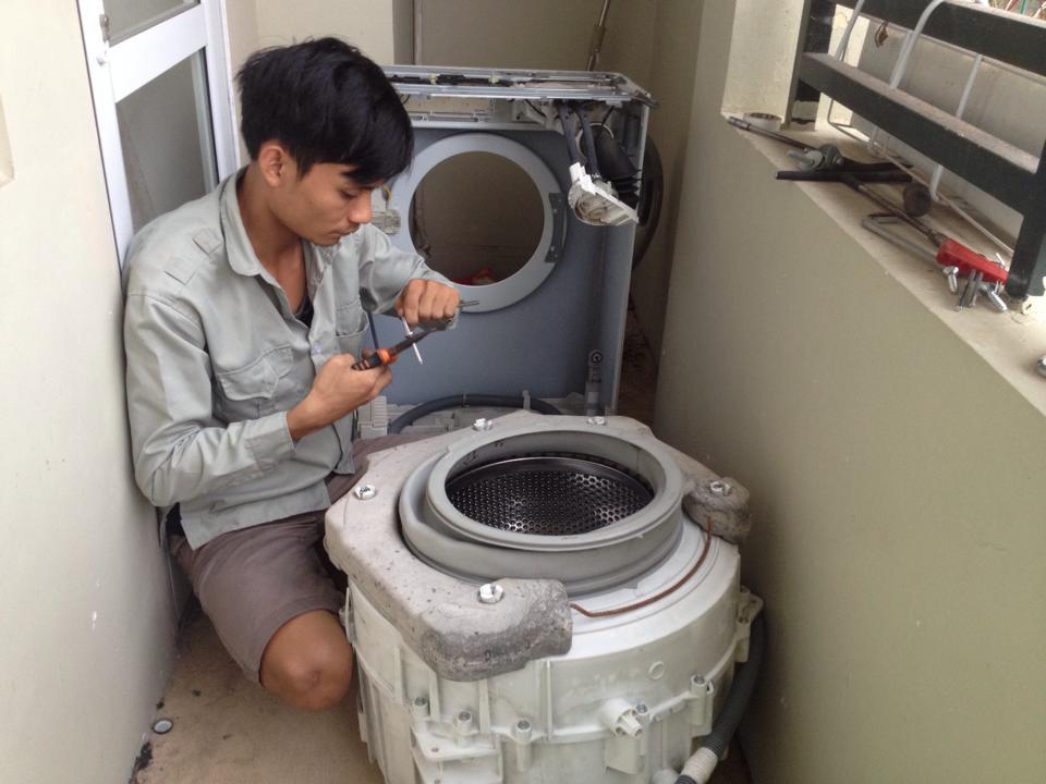 Chuyên sửa máy giặt Electrolux tại Quận Thanh Xuân